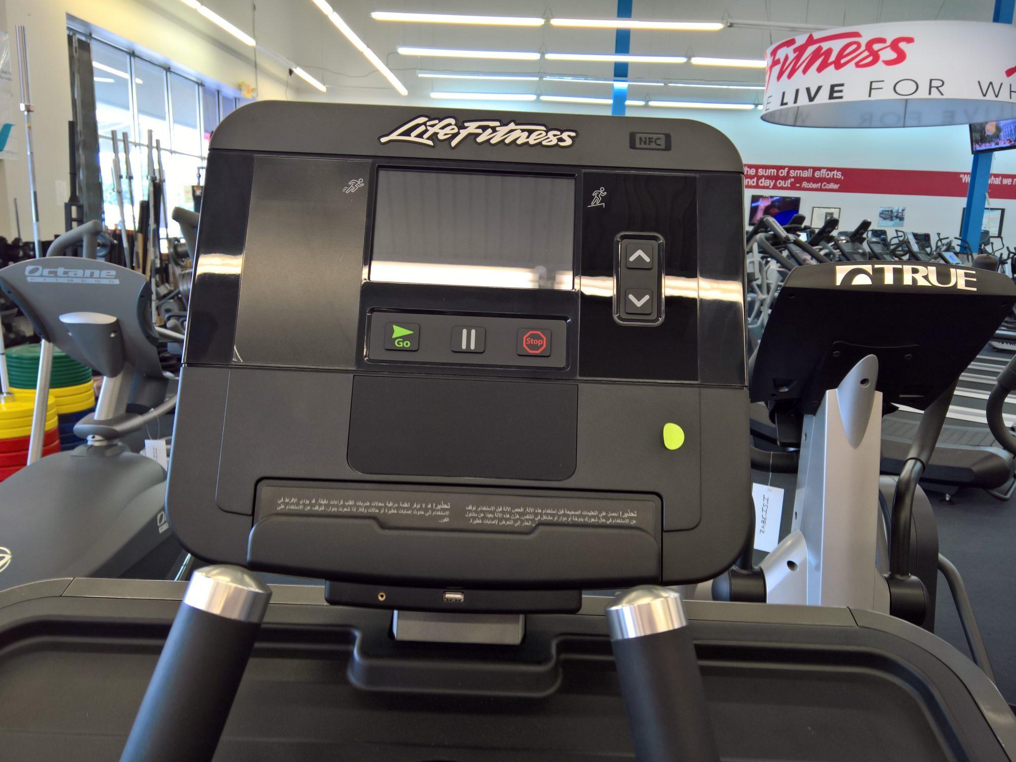 Floor Model (means new) Life Fitness FS4 Elliptical